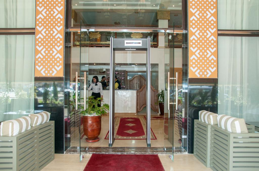 Sania Hotel